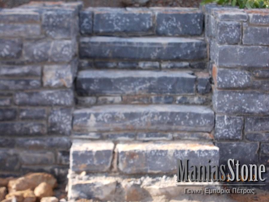 manias-stone19