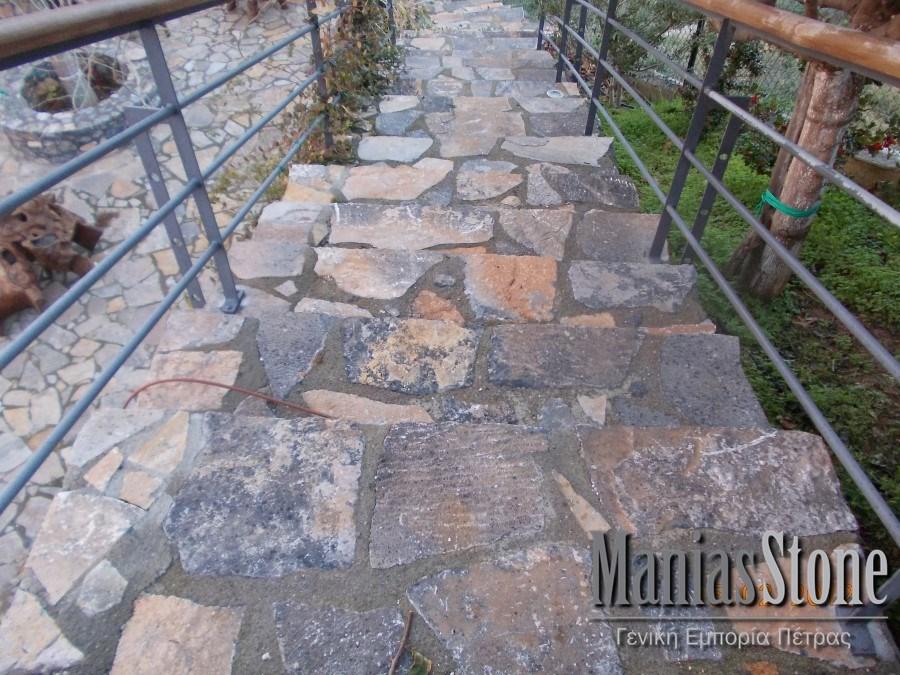 manias-stone23