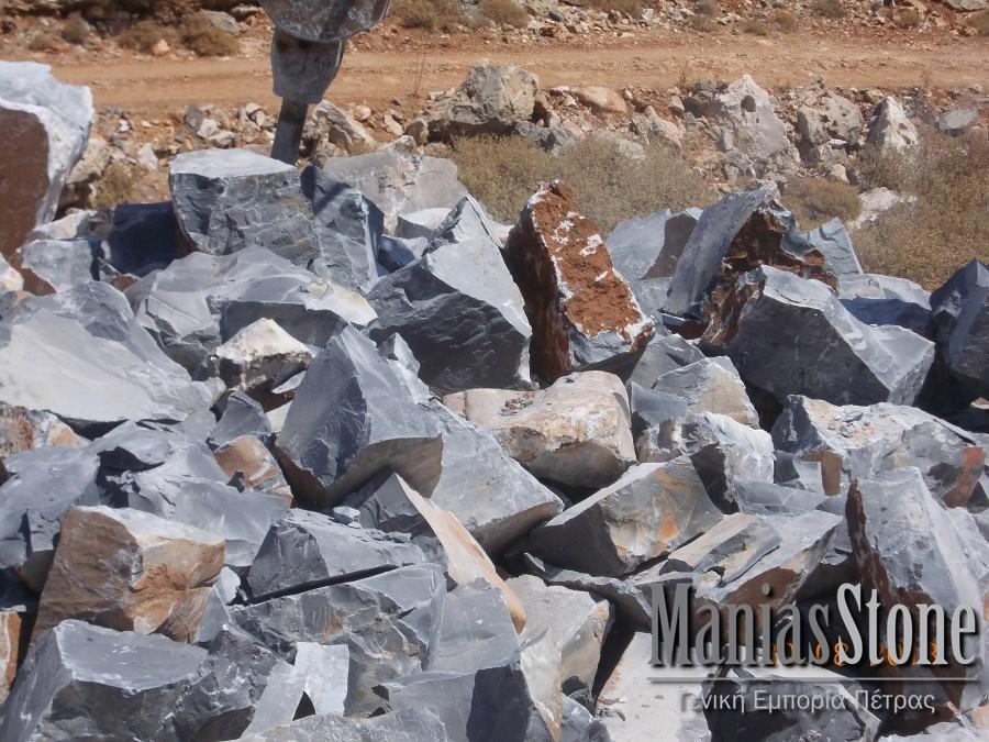 manias-stone37