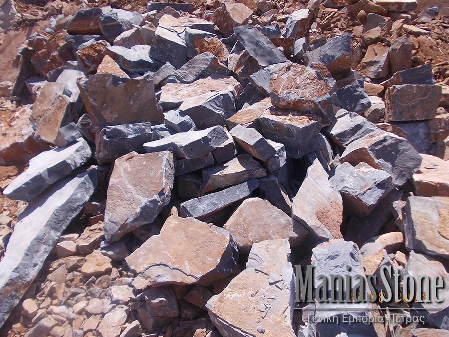 manias-stone39