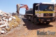manias-stone45