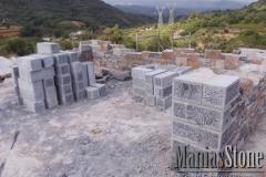 manias-stone56